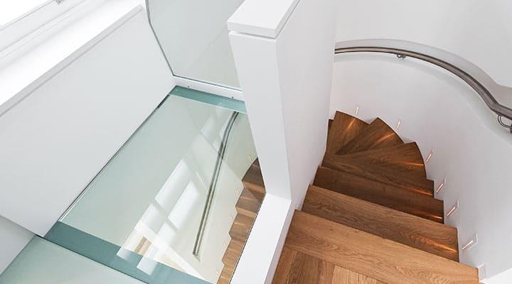 Podłoga ze szkła